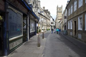 Cirencester's unnamed road
